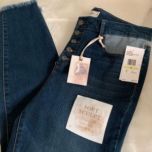 Jessica Simpson Pants & Jumpsuits - Jessica Simpson High Rise Adored Ankle Jeans. NWT